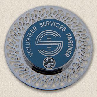 Custom Brooch – Volunteer Services Partner Design #5023