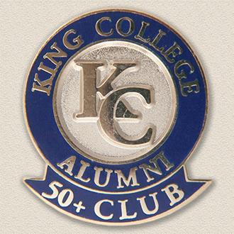 Custom College/University Pin – Alumni Design #7019