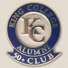 Custom College/University Pin – Alumni Design #7019